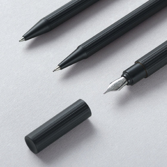 TA+d - Fountain Pen - Black (F)