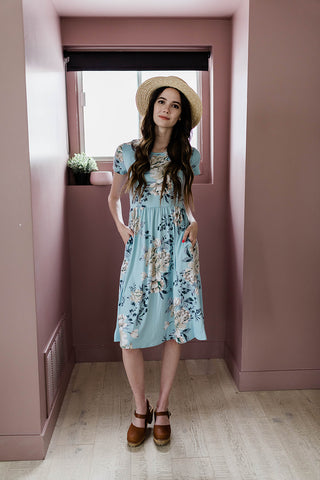 Modest floral dress perfect for summer