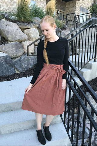 Example of what a modest skirt looks like