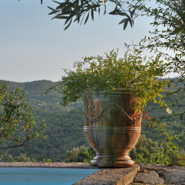 Anduze pot poolside french bespoke pottery