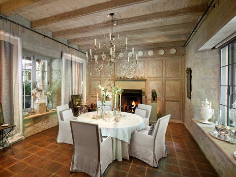 lustre, french windows and round table - saladino dining room