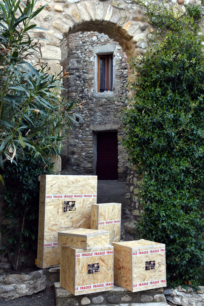 Worldwide shipping from Provence