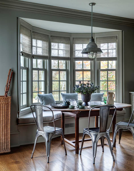 Breakfast area in bay window by Mark Cunningham