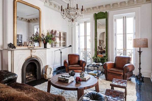 Decorating with vintage leather club chairs