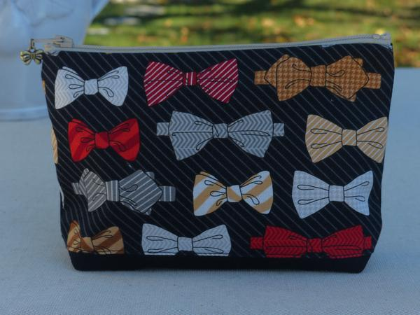 Gift idea for him bow tie wash bag toiletry bag french fun christmas birthday present for dad