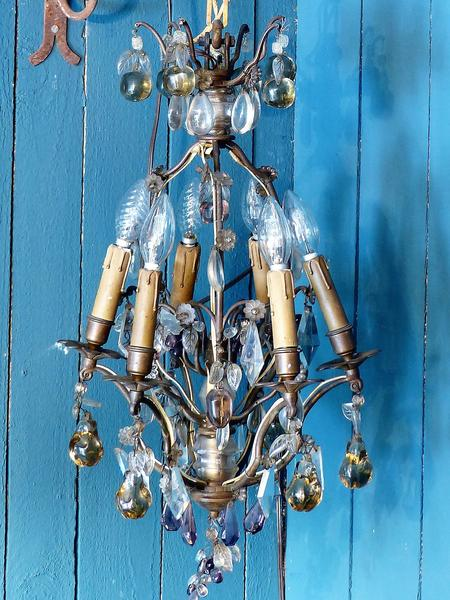 quirky lighting 2017 home decor interior design trend lustre chandelier fruits color