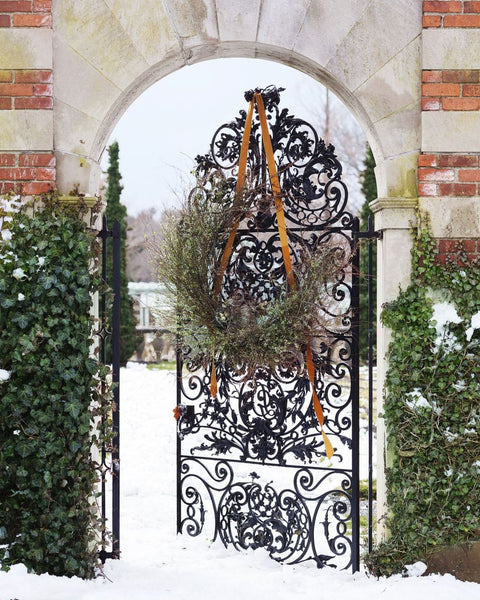 Christmas entry garden gate