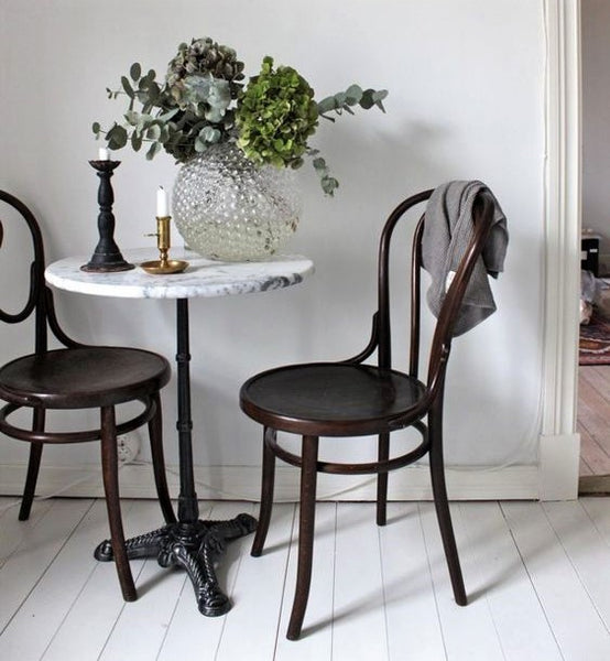 Round french marble top table kitchen with bentwood chairs