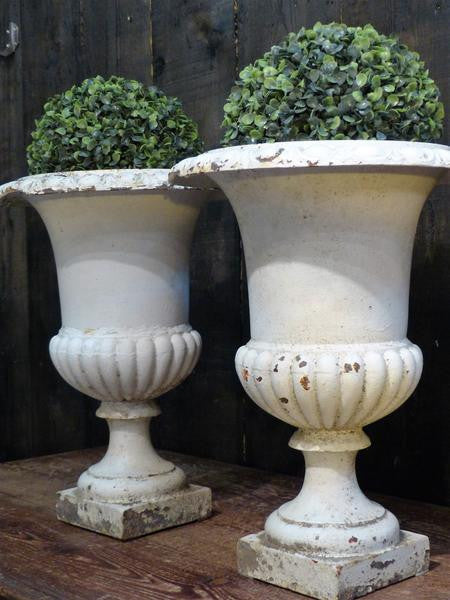 Pair of 19th century white Medici urns French garden planters