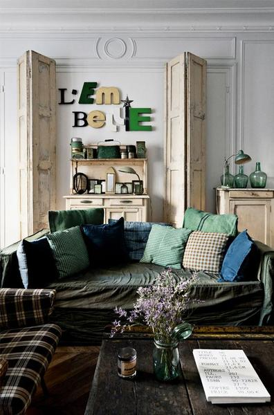 Vintage sign decorating idea