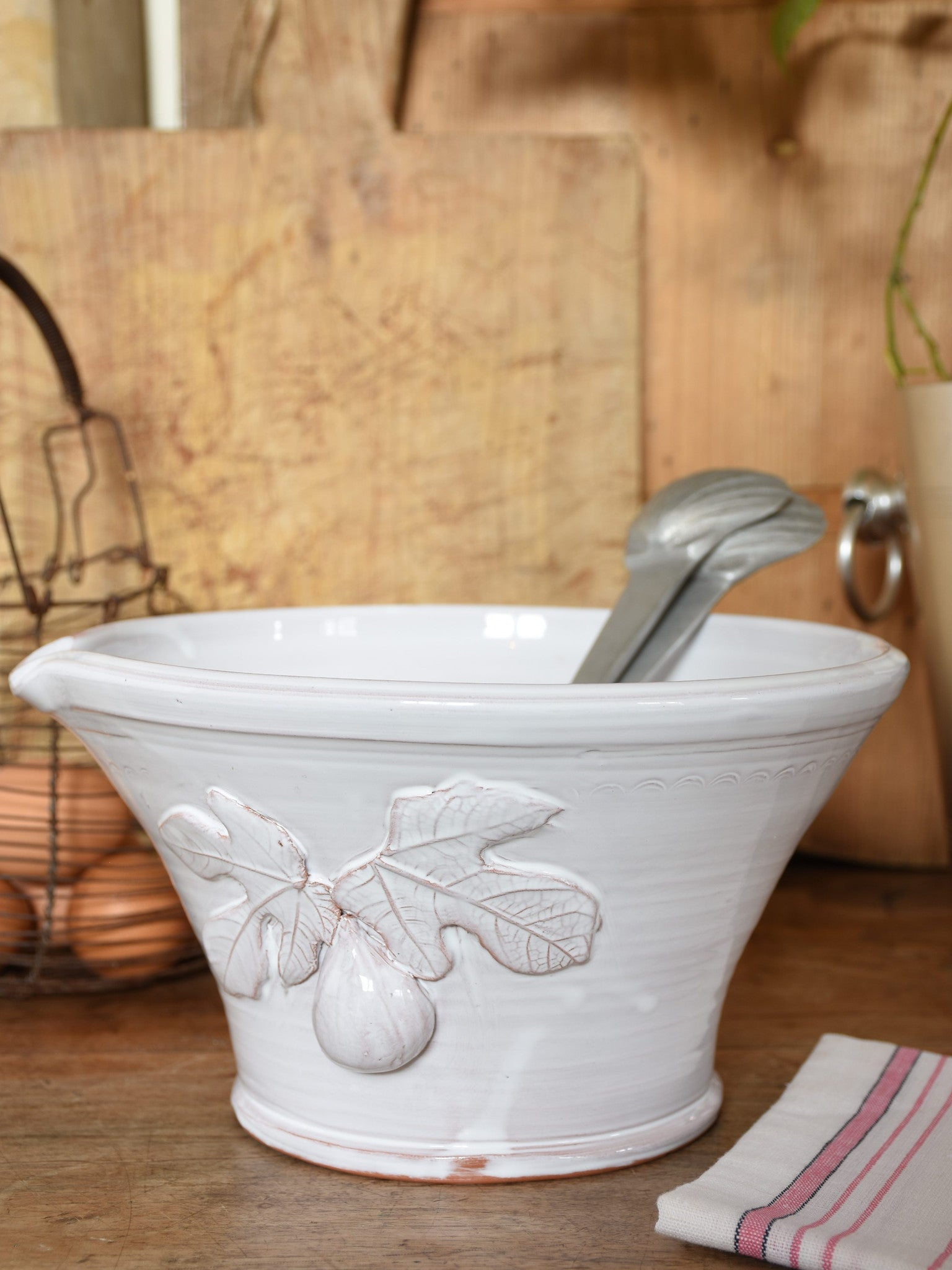 French artisan salad bowl with garlic grater