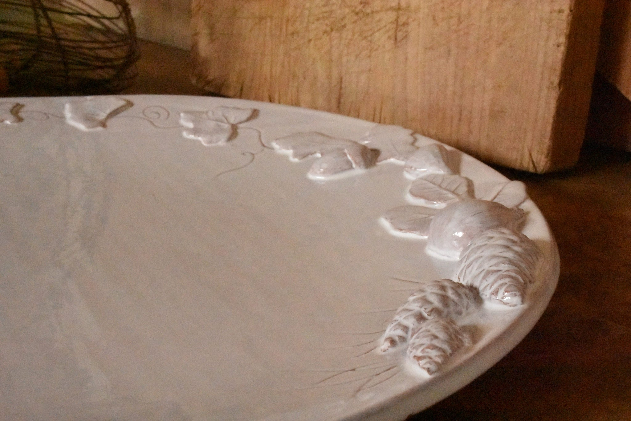 Large round platter – fig and pine
