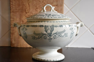 Ironstone soup tureen with blue pattern – 1900's