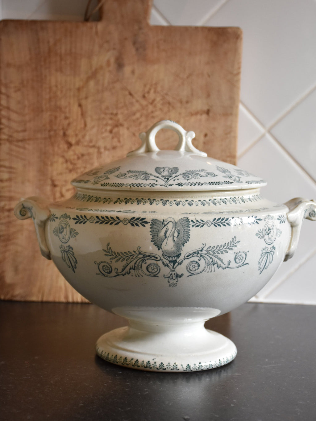 Ironstone soup tureen with blue pattern - 1900's