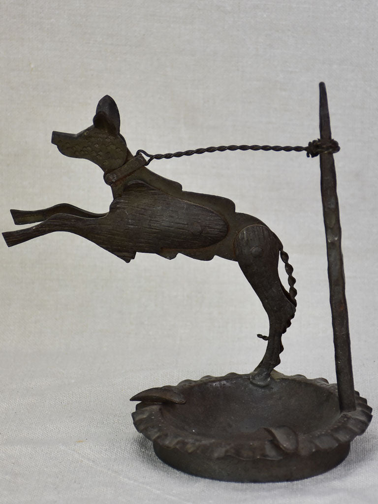 1930's French ashtray - dog on a chain