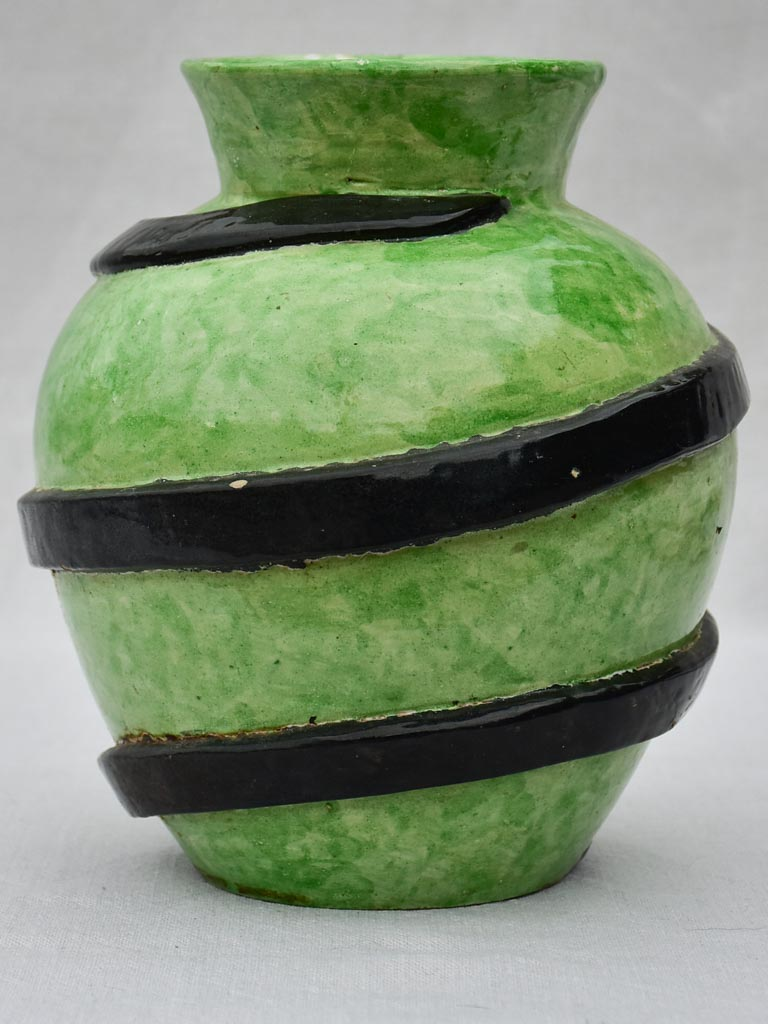Mid century vase with green glaze and black swirl - Montigny Sur Loing Majolica 10¼""