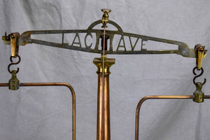 Late 19th Century French pharmacy scales - La Cave