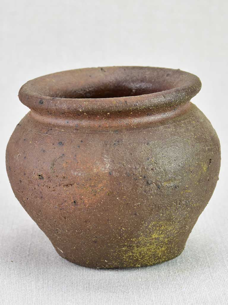 Small brown stoneware pot 5""