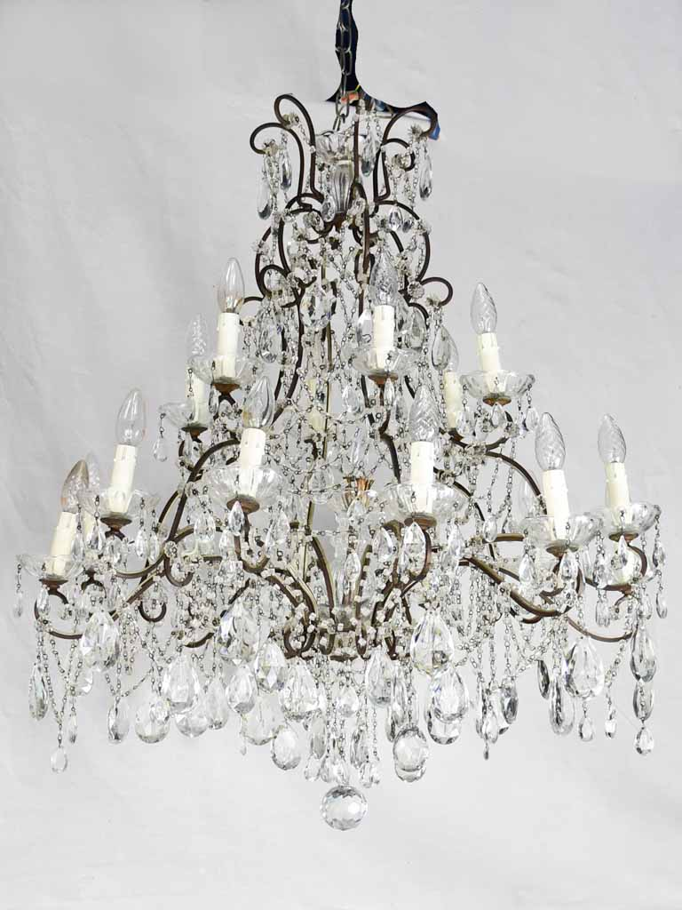 Pair of large early twentieth century Italian chandeliers with 18 lights 39½""