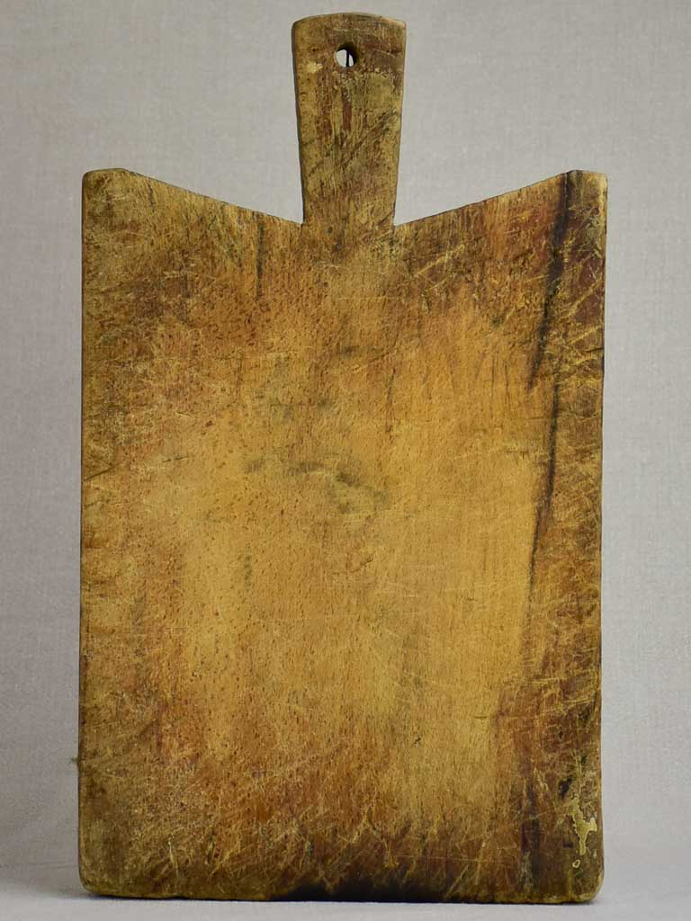 "Small antique French cutting board with peaked shoulders 15¾"" x 9½"""