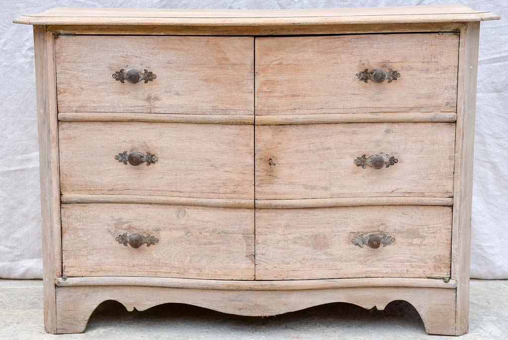 Curved 19th Century Swedish commode / cabinet