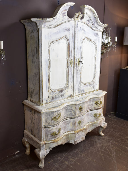 18th century Swedish commode / cabinet