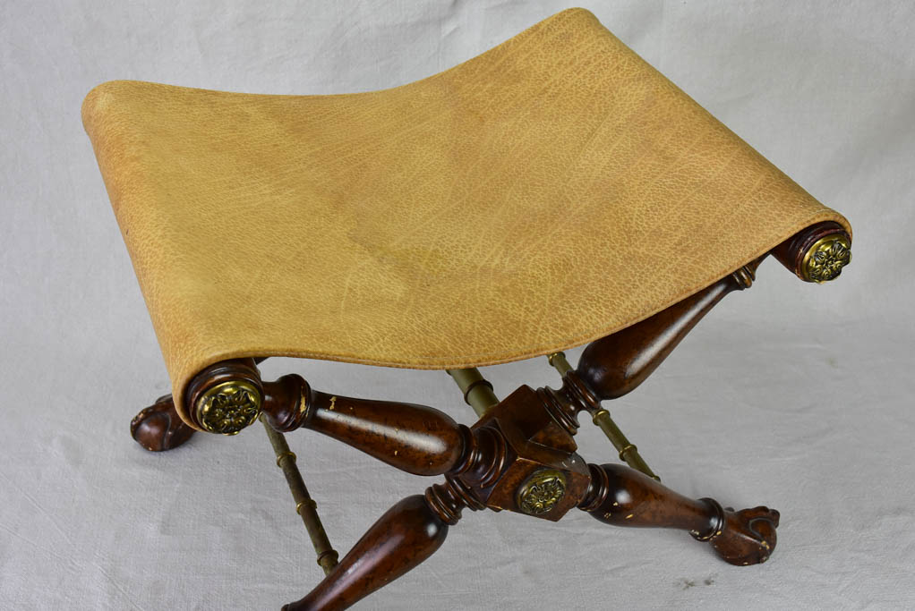 1940's English claw-foot leather footrest