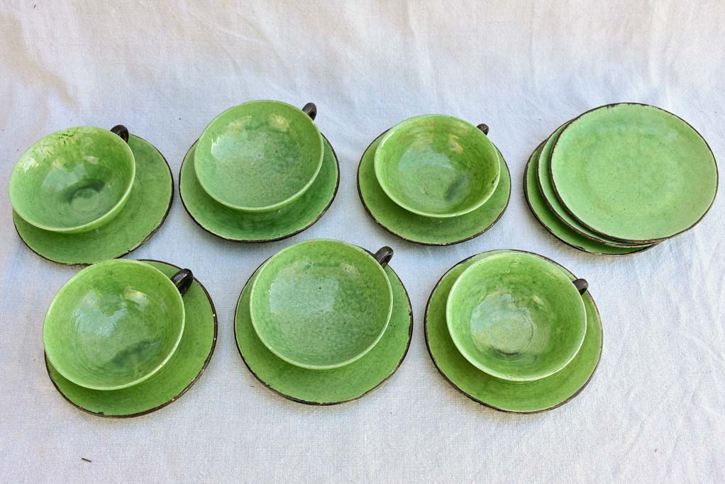 Tea service from Dieulefit with green glaze 6 cups 9 saucers