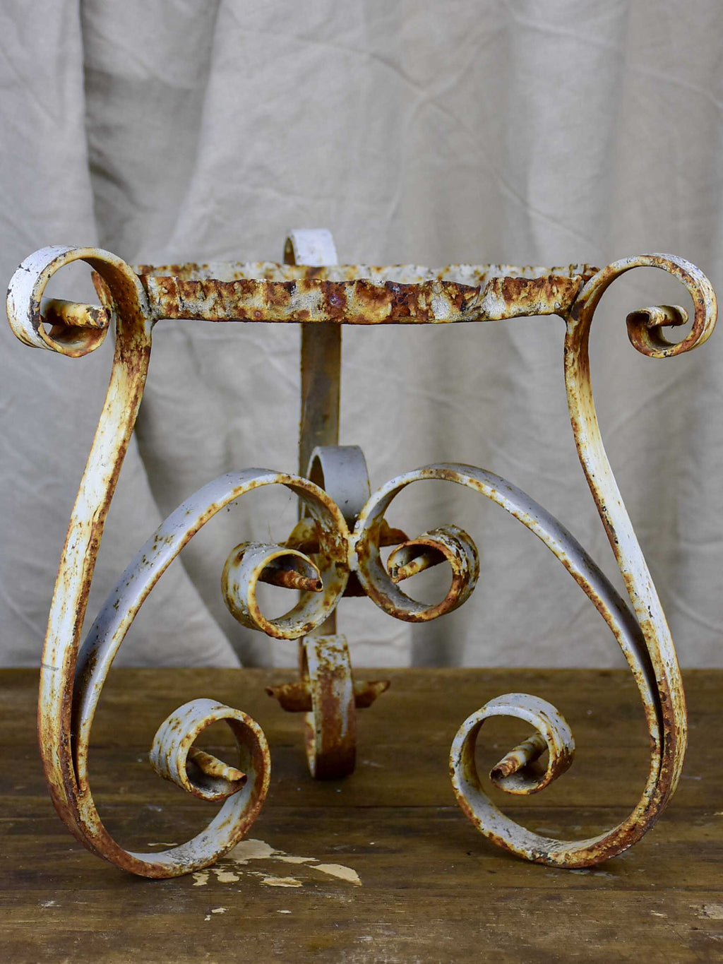 Late 19th Century French pot plant stand
