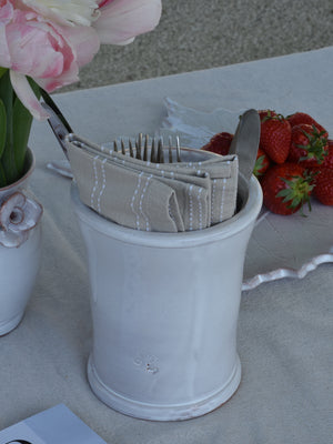 Utensil pot with figs