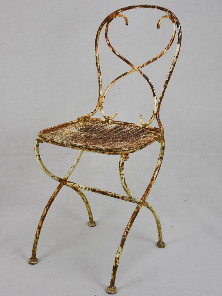 Early 20th century French garden chair in iron