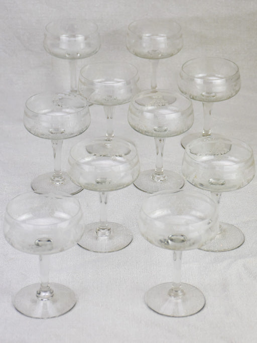 Set of 10 Napoleon III crystal champagne cups with pretty engravings