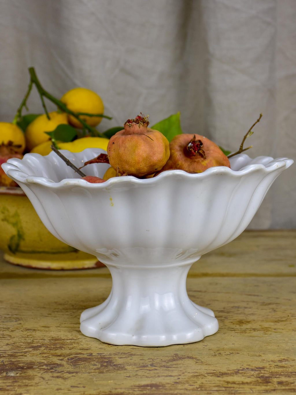 19th Century French fruit bowl on pedestal - Sarreguemine