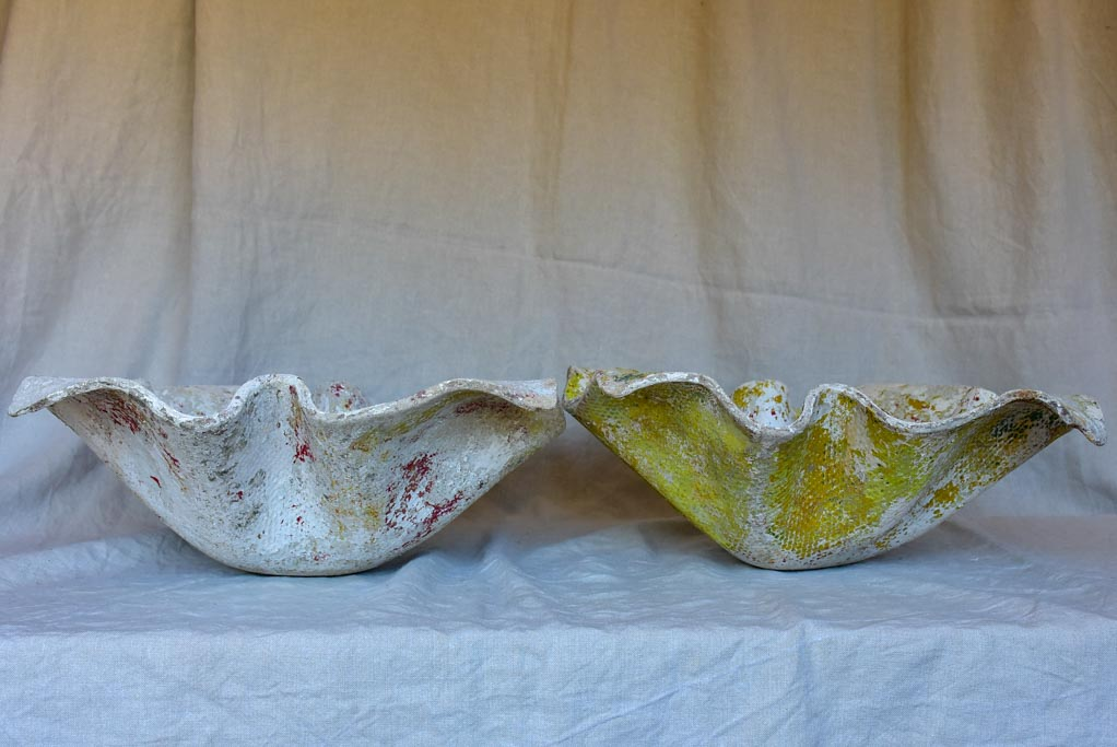 Pair of small Willy Guhl mouchoire planters