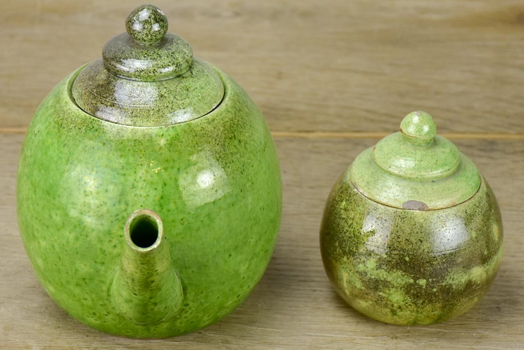 Mid century Atelier Madoura, Vallauris tea pot and sugar bowl with green glaze. (Picasso's studio)