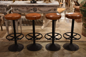 Set of leather barstools with footrest – 1960's