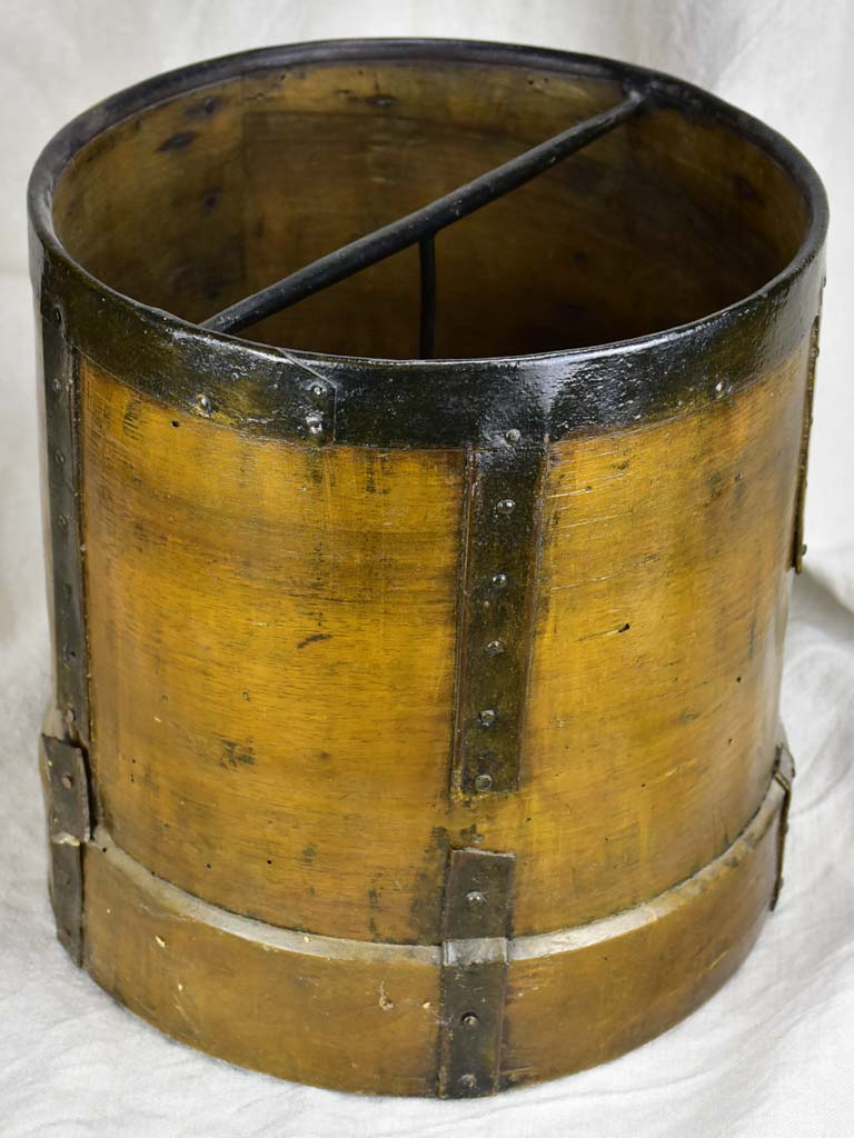 Late 19th Century grain measuring bucket - wooden