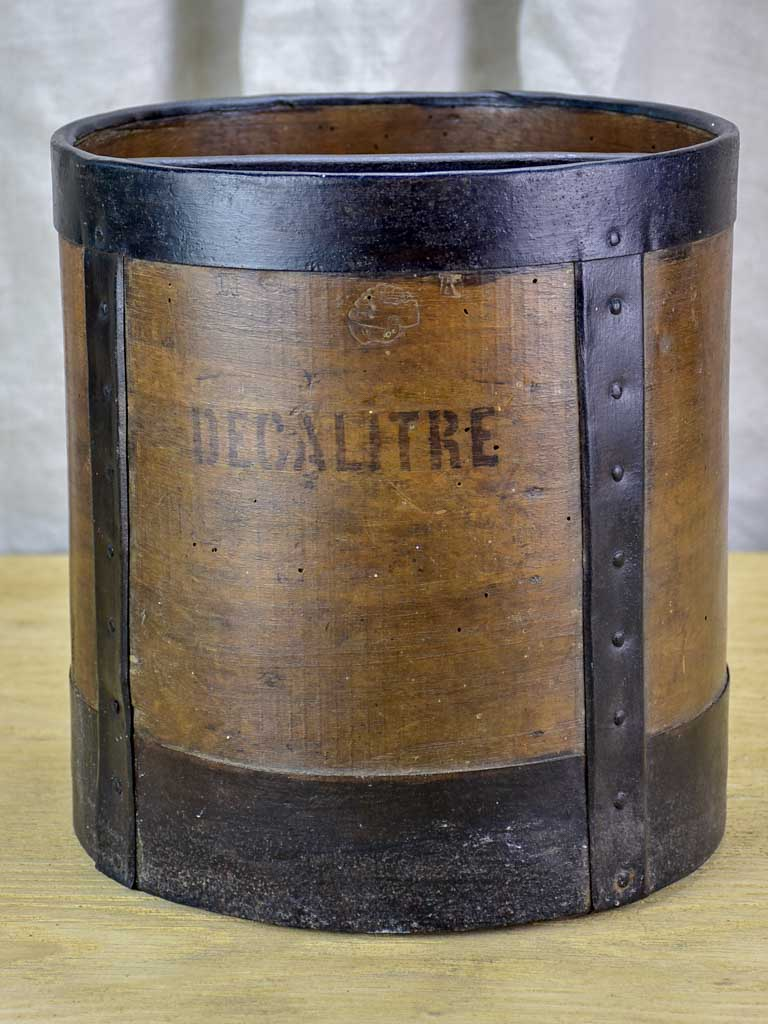 Antique French grain measure - decalitre 10¼""
