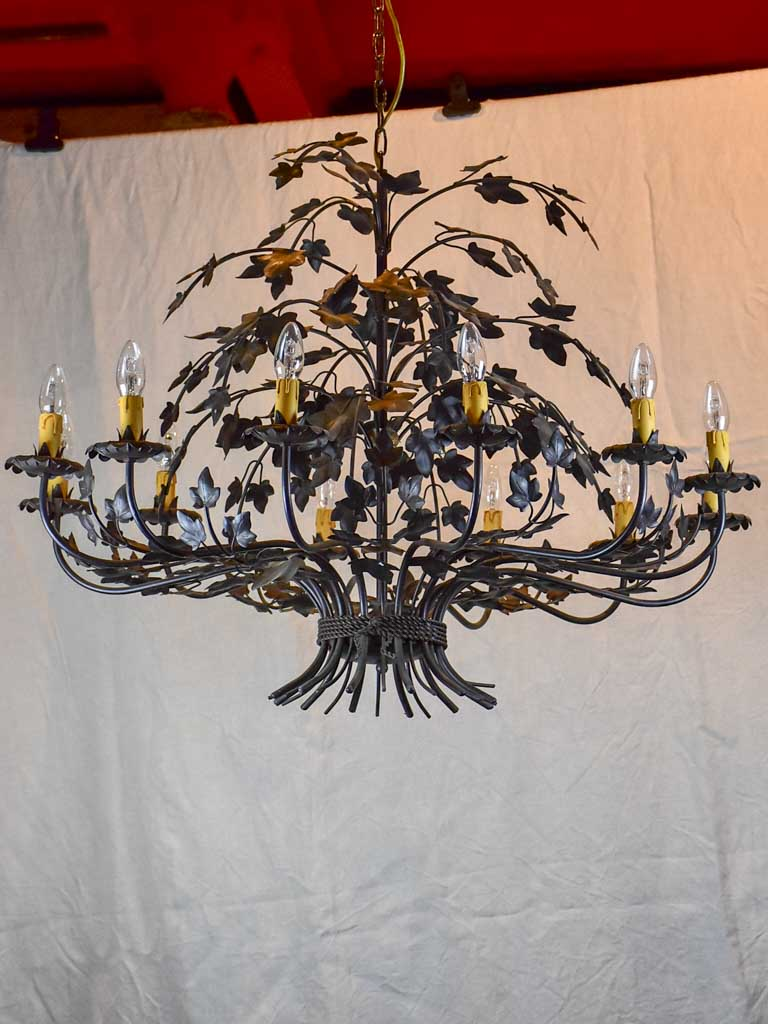 Very large 12-light chandelier - black ivy