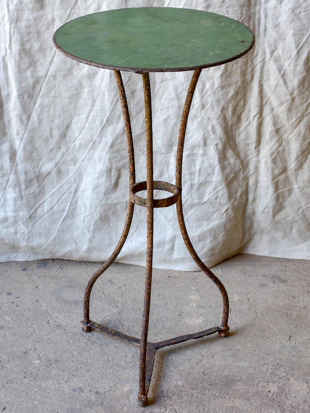 Small antique French garden table - round