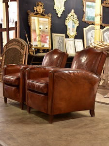 Pair of vintage French leather club chairs with - chapeau gendarme