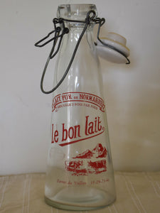 Vintage French glass milk bottle - Le bon lait