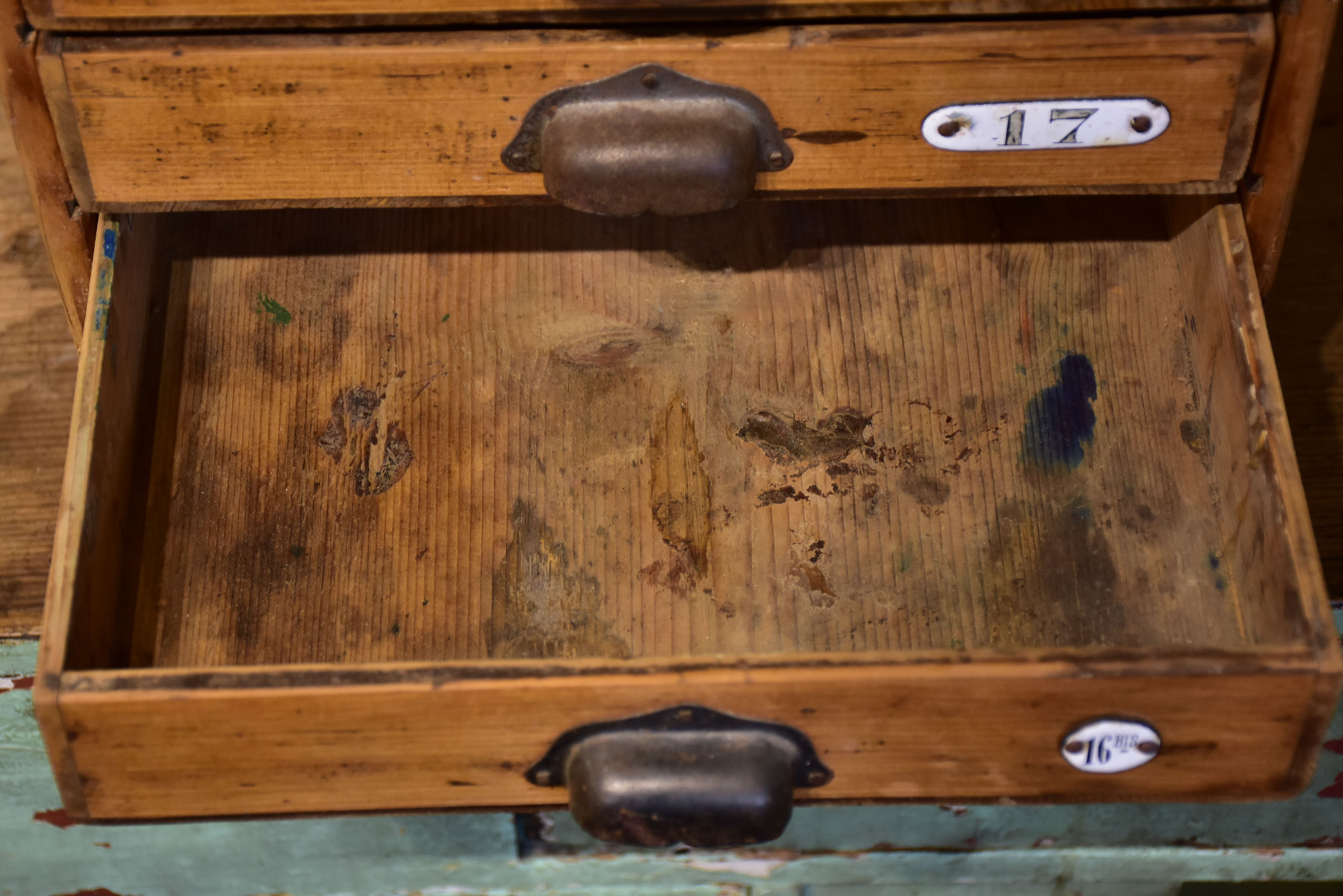 Very small industrial drawers