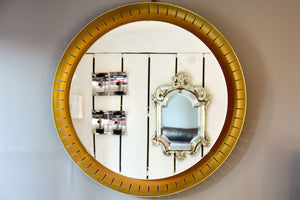 Pair of large round illuminated Stilnovo mirrors