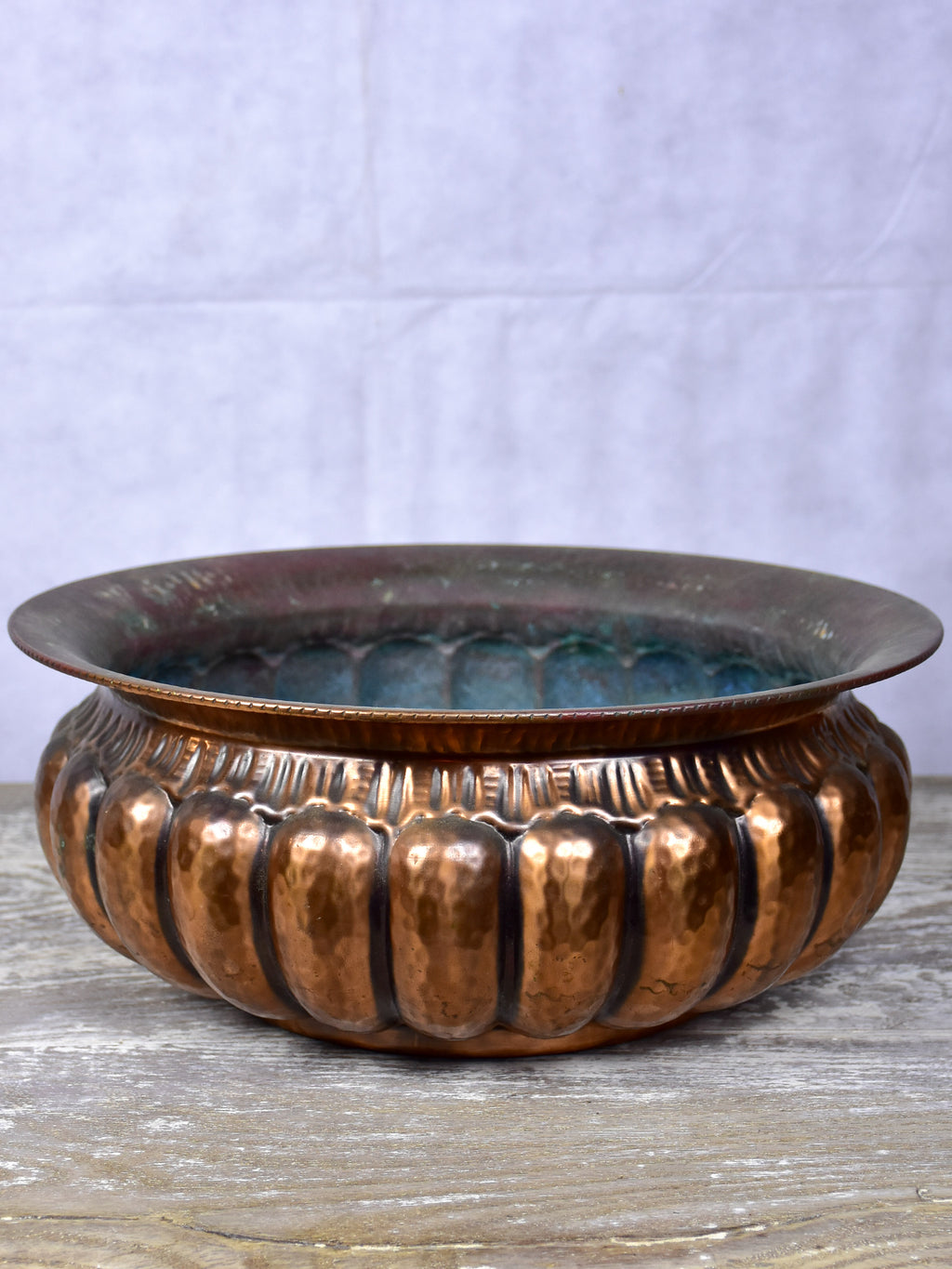 Vintage hammered copper bowl / plant stand