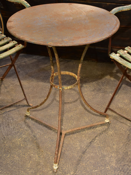 Antique French bistro table - round
