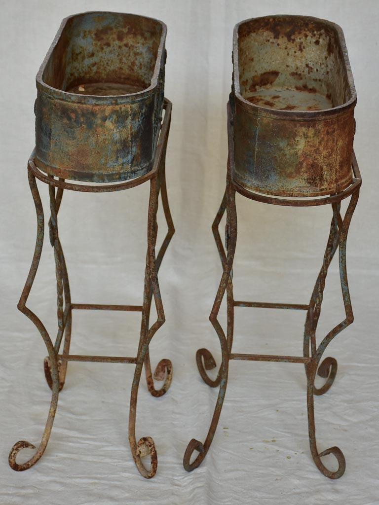Pair of pretty oval French plant stands