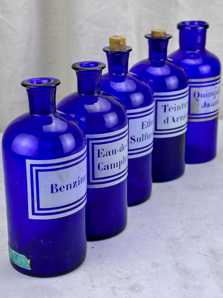 Collection of five late 19th century apothecary jars - blue