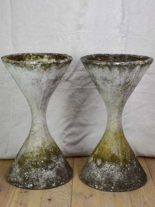 Rare pair of small Willy Guhl diabolo garden planters 25¼""