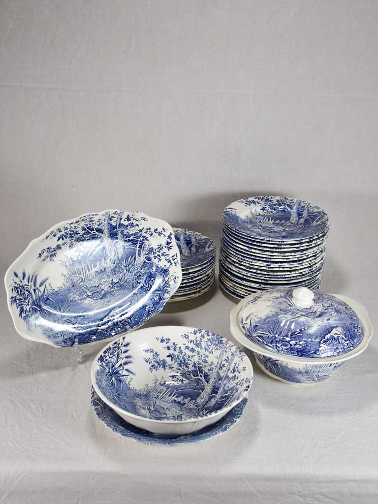 Luneville faience English style dinnerware - blue and white hunting scene